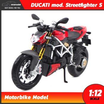 โมเดลบิ๊กไบค์ DUCATI mod. Streetfighter S
