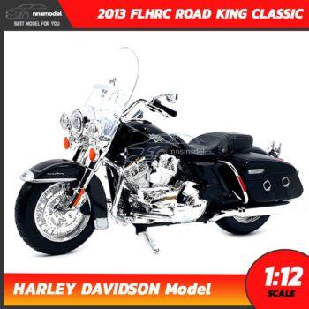 โมเดลฮาเล่ย์ HARLEY DAVIDSON ROAD KING CLASSIC 2013 สีดำ (1:12) โมเดลรถสะสม Maisto
