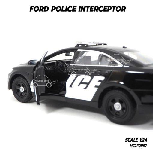 โมเดลรถตำรวจ FORD POLICE INTERCEPTOR สีดำ (1:24) พวงมาลัยซ้าย