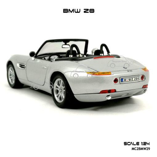 โมเดลรถ BMW Z8 ประกอบสำเร็จ
