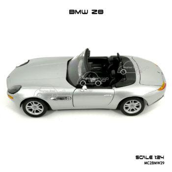 โมเดลรถ BMW Z8 ทำจากโลหะผสม