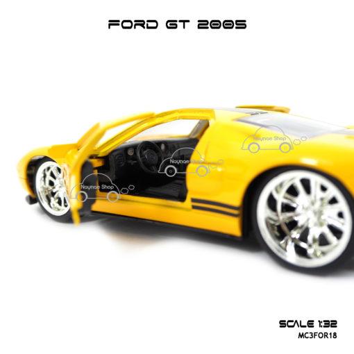 โมเดลรถ FORD GT 2005 ภายใน