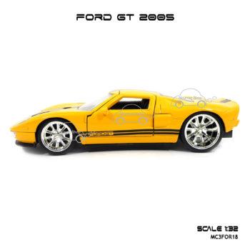 โมเดลรถ FORD GT 2005 จำลองเหมือนจริง