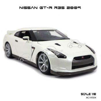 โมเดลรถ NISSAN GT-R R35 2009 สีขาวมุก (Scale 1:18) ประกอบสำเร็จ