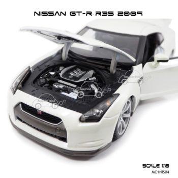 โมเดลรถ NISSAN GT-R R35 2009 สีขาวมุก (Scale 1:18) จำลองเครืองยนต์เหมือนจริง