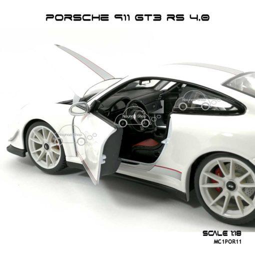 โมเดลรถ PORSCHE 911 GT3 RS สีขาว (1:18) ภายในรถ