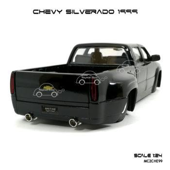 โมเดล รถกระบะ CHEVY SILVERADO 1999 โหลดเตี้ย สวยงาม