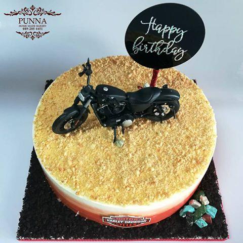 harley davidson iron 883 cake 05