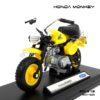 โมเดลมอเตอร์ไซด์ HONDA MONKEY สีเหลืองดำ (1:18) ประกอบสำเร็จ