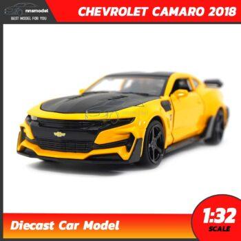 โมเดลรถเหล็ก CHEVROLET CAMARO 2018 สีเหลือง (Scale 1:32)