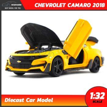 โมเดลรถเหล็ก CHEVROLET CAMARO 2018 สีเหลือง (Scale 1:32) รถของเล่น เปิดฝากระโปรงหน้าได้