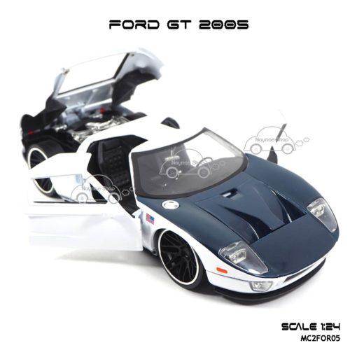 โมเดลรถเหล็ก FORD GT 2005 (1:24) เปิดประตูได้
