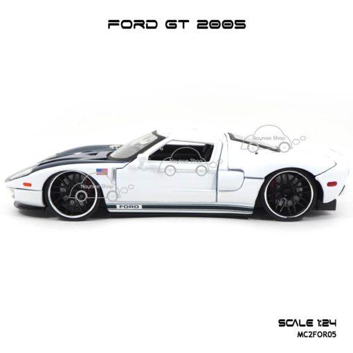 โมเดลรถเหล็ก FORD GT 2005 (1:24) โมเดลลิขสิทธิแท้