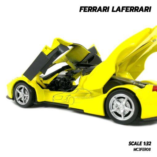 โมเดลรถ เฟอร์รารี่ Ferrari Laferrari สีเหลือง (Scale 1:32) โมเดลรถสปอร์ต เปิดประตูปีกนกได้ ภายในรถจำลองเหมือนจริง