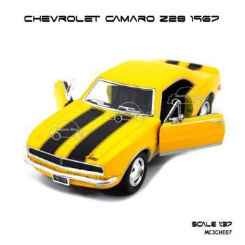 โมเดลรถ CHEVROLET CAMARO Z28 1967 สีเหลือง (1:37) เปิดประตูได้