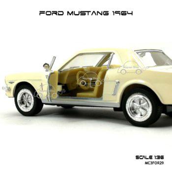 โมเดลรถ FORD MUSTANG 1964 สีขาวครีม (1:36) ภายใน จำลองเหมือนจริง
