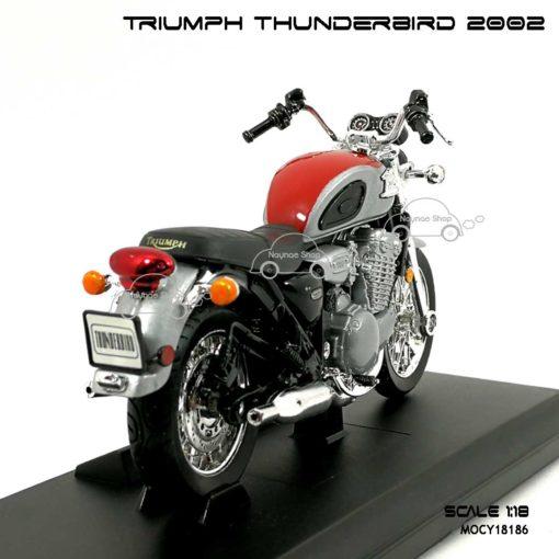 โมเดล รถคลาสสิค TRIUMPH THUNDERBIRD 2002 สีแดงบรอนด์ (1:18) พร้อมฐานวางตั้งโชว์