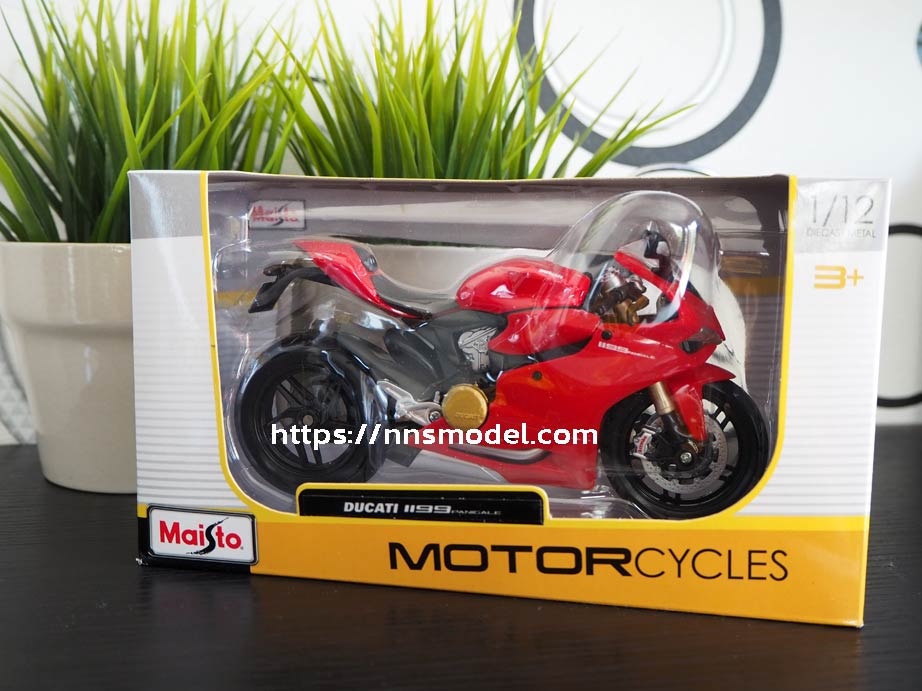 Model Ducati Panigale 1199 Maisto Box