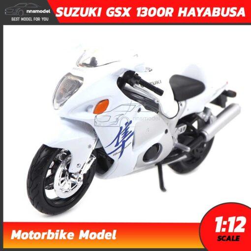 โมเดลรถบิ๊กไบค์ SUZUKI GSX 1300R HAYABUSA สีขาว (Scale 1:12)