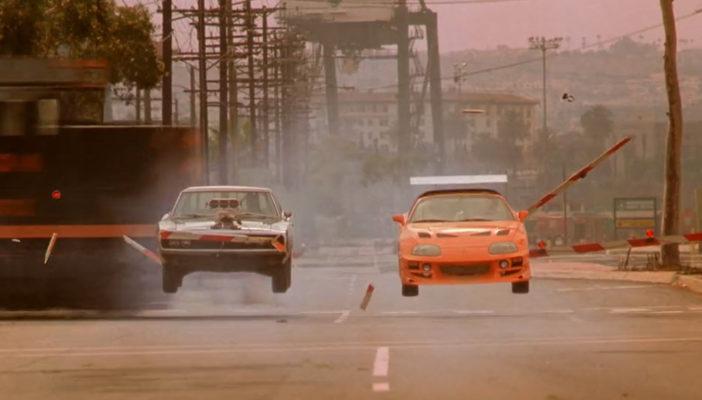 Toyota Supra 1995 vs Dodge Charger R/T 1970