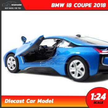 โมเดลรถ BMW i8 COUPE 2018 สีฟ้า (Scale 1:24) รถเหล็กโมเดล ภายในรถจำลองเหมือนจริง พร้อมตั้งโชว์