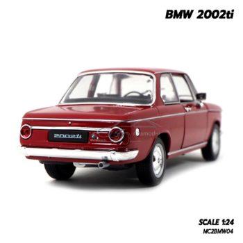 โมเดลรถคลาสสิค BMW 2002ti สีแดง (Scale 1/24) โมเดลจำลองเหมือนจริง