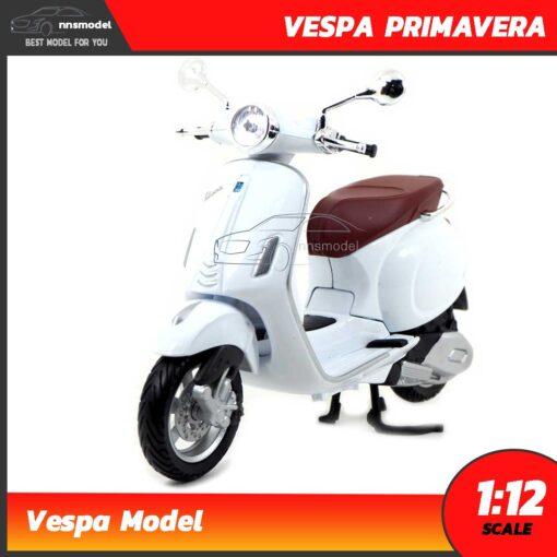 โมเดลรถเวสป้า VESPA PRIMAVERA สีขาว (Scale 1:12)