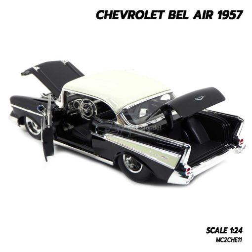 โมเดลรถ CHEVROLET BEL AIR 1957 สีดำ (Scale 1:24) เปิดฝากระโปรงหน้าและท้ายรถได้