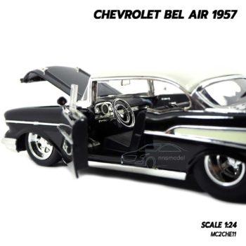 โมเดลรถ CHEVROLET BEL AIR 1957 สีดำ (Scale 1:24) ภายในรถจำลองเหมือนจริง