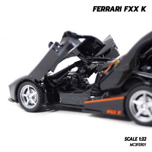 โมเดลรถ FERRARI FXX K สีดำส้ม (Scale 1:32) โมเดลประกอบสำเร็จ ภายในรถเหมือนจริง