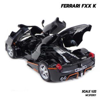 โมเดลรถ FERRARI FXX K สีดำส้ม (Scale 1:32) โมเดลรถเหมือนจริง
