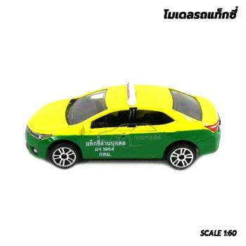 โมเดลรถ แท็กซี่ สีเขียวเหลือง Toyota Corolla Altis โมเดลรถเหล็ก จำลองเหมือนจริง
