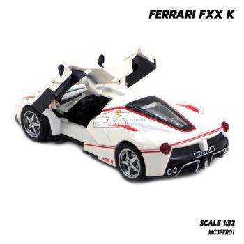 โมเดลรถเหล็ก FERRARI FXX K สีขาว (1:32) มีเสียงมีไฟ พร้อมตั้งโชว์