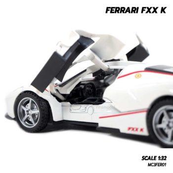 โมเดลรถเหล็ก FERRARI FXX K สีขาว (1:32) รถเหล็กจำลองเหมือนจริง