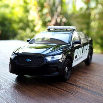 โมเดลรถตำรวจ
