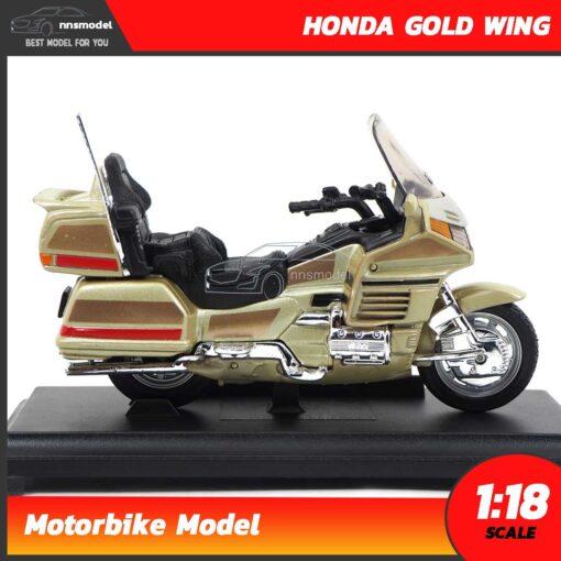 โมเดลมอเตอร์ไซด์ HONDA GOLD WING สีทอง (Scale 1:18) Motorbike Model