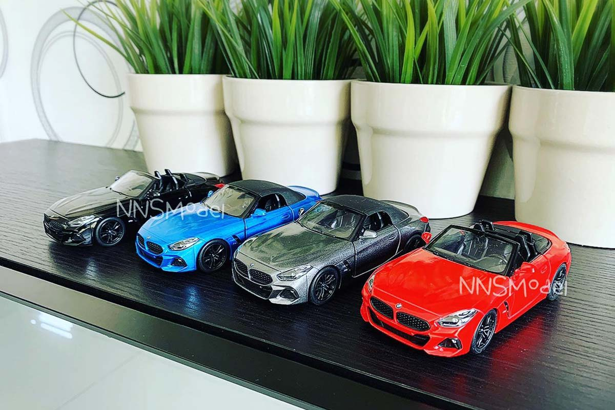 โมเดลรถสปอร์ต BMW Z4 M40i
