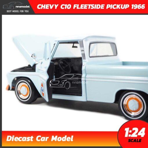 โมเดลรถคลาสสิค CHEVY C10 FLEETSIDE PICKUP 1956 GULF (1:24) โมเดลรถเหล็ก ภายในรถจำลองสมจริง