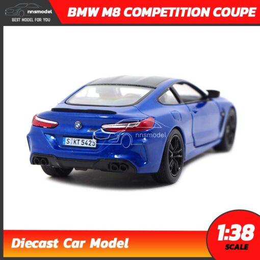 โมเดลรถ BMW M8 Competition Coupe สีน้ำเงิน (Scale 1:38) รถเหล็กจำลองสมจริง มีลานวิ่งได้