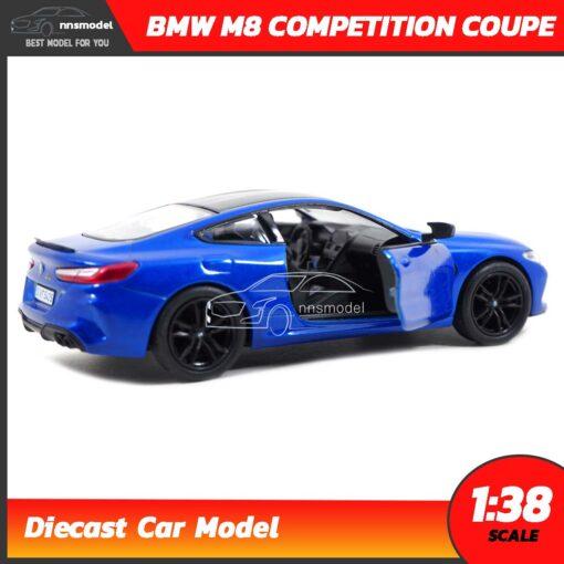 โมเดลรถ BMW M8 Competition Coupe สีน้ำเงิน (Scale 1:38) ภายในรถจำลองสมจริง