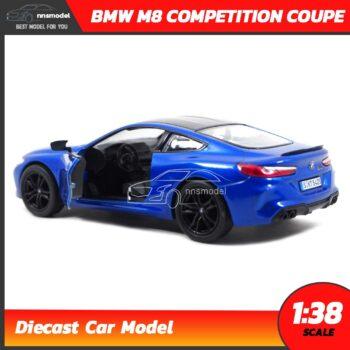 โมเดลรถ BMW M8 Competition Coupe สีน้ำเงิน (Scale 1:38) ภายในรถจำลองสมจริง Diecast Model