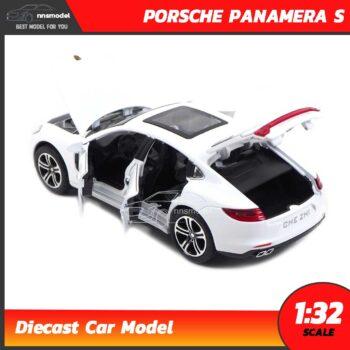 โมเดลรถ PORSCHE PANAMERA S สีขาว (Scale 1:32) เปิดฝากระโปรงท้ายได้